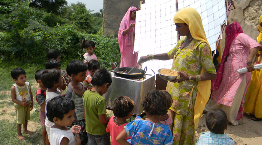 barefootcollege_fundraise_solarcooking