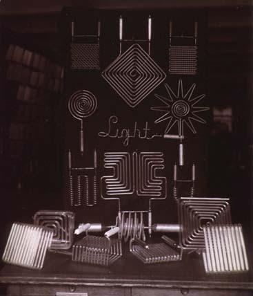 Nikola Tesla - Principios de la luz neón